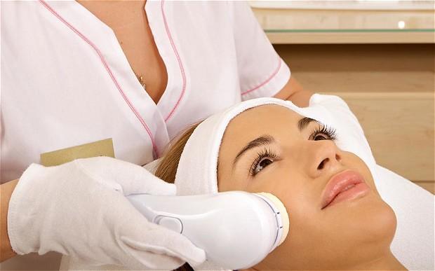 Przeróżne zabiegi dla ciała ludzkiego rekomendowane przez kosmetyczkę